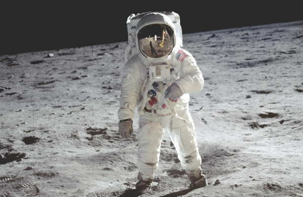 which astronaut remained in the space for the longest period of time - photo #9