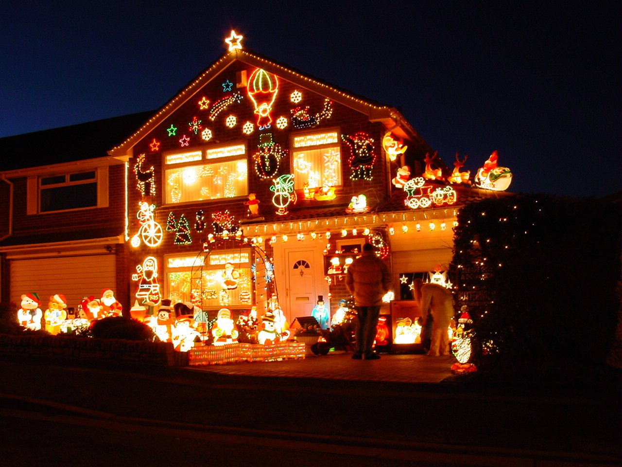 if you celebrate christmas when do you like to decorate your house - When Do You Decorate For Christmas