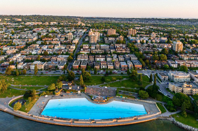 Kitsilano pool vancouver for Swimming pools public vancouver