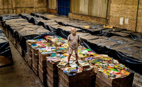To a record collector, nothing can beat going through the record racks, looking for that great find. In fact, true collectors never stopped buying vinyl, although usually in second hand stores. Just ask Zero Freitas, a 62-year-old wealthy Brazilian businessman who has spent most of life amassing a collection of