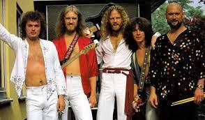 With Rush up there with one of the longest careers in music, and Glass Tiger, Canada is well represented. These other Canadian bands have proved they have the staying power, perhaps not to the extent of Rush, but respectable careers . How many of these Canadian bands do you know?