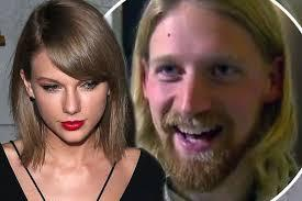 Life can get interesting when you share a name with a celebrity. Taylor Swift, a 33 year old man who lives in Seattle, is constantly getting emails, social media requests and even gifts because he gets confused with the other, famous Taylor Swift. Have you heard about any of these people who share a name with a famous person?