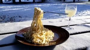 Culinary fans will try almost anything, but those up north have come up with a new twist on an old favourite -- frozen spaghetti. The recipe is easy: take spaghetti outside, and voila -- crunchy goodness! Have you ever accidentally frozen your food (such as leaving it in the car on a frigid night, or putting something by mistake in the freezer that should not go there)?
