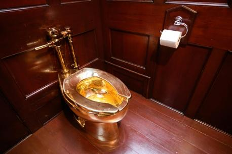 Royal Toiletry Global, which sells gold lavatories says in most cases these gold toilets hare not really gold, but gold-plated ceramic and typically cost about $2,000. If you are really want one and can afford it, you can buy one with a thin 18-karat gold layer starting at about $30,000. According to them, Russians and Saudis are their best customers. Saudis just like gold, and Russians want to show their friends what a luxury they can afford. Have you ever seen a gold toilet anywhere?