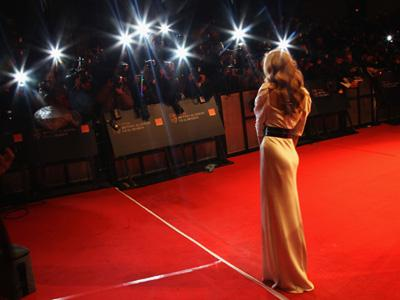 Do you enjoy watching the stars arrive on the Red Carpet?