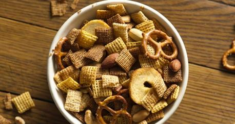 Chex Mix or Cheese Itz?