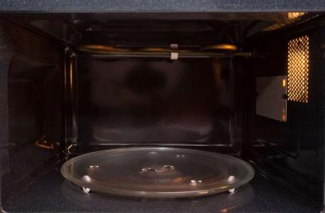 Here are the reasons why you should not microwave the above items. Which facts do you know?