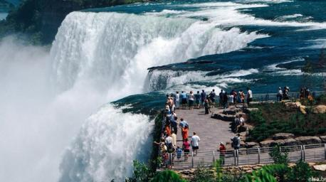 Niagara Falls (Ontario)--- Essentially the holy grail of natural wonders. Experience what it's like to be up close to the thunderous echoes of the three neighbouring cascades. There are several ways you can observe this natural spectacle---a boat tour on the iconic Maid of the Mist or take the Journey Behind the Falls, where you'll trek through tunnels behind the cascades, leading to an observation deck perfect for feeling the roaring sensation occurring just metres away. Have you ever been to Niagara Falls?