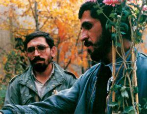 I didn't realize until after watching the movie that Close-Up is based on a true story from Tehran. Not only that, the people from the story re-enact the events in the movie! Even the impersonated filmmaker makes an appearance. His name is Mohsen Makhmalbaf. Have you ever watched an Iranian film?