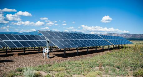Are you aware about any government incentives that cover the cost of installing solar panels?