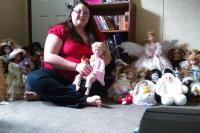 Are you familiar with the story of Ashley Nicole Fine and her collection of haunted dolls ?