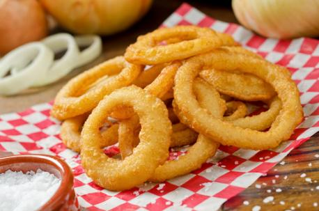 Tellwut Top Picks: National Onion Ring Day! Which do you prefer if you had to choose a side option?