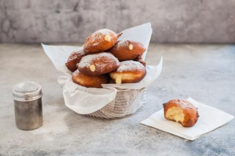 Tellwut Top Picks! National Cream Filled Donut Day. Do you prefer cream filled or unfilled donuts?