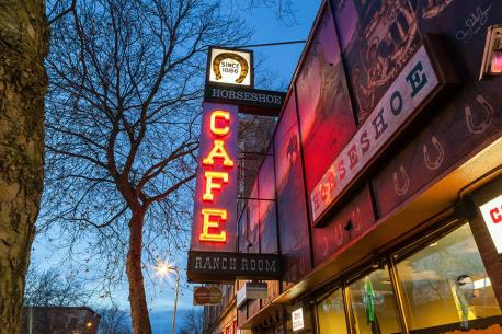 WASHINGTON: Horseshoe Cafe, Bellingham - Since 1886, the Horseshoe Cafe in Bellingham, Washington, was been a local favorite. From breakfast waffles to juicy burgers, this restaurant has been an expert in comfort food for over 130 years. Have you ever dined at this restaurant?
