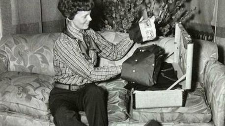 Amelia Earhart's daring round-the-world-flight was interrupted when her Lockheed Electra disappeared over the Pacific Ocean on June 2, 1937. The government concluded that she ran out of fuel, crashed into the water and sank, but many believe there was foul play. Here you can see Amelia packing before leaving for her final trip. Have you heard about this story?