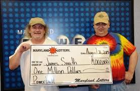 Do you personally know someone who won more than $100 000 in a lottery?
